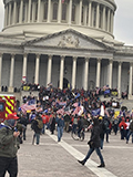 Protestors_outside_US_Capitol